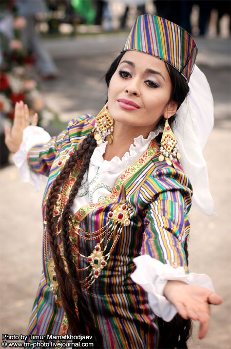 uzbeks women