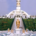 Monument of Independence. Ashgabat pictures