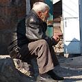 Armenian people — Погреюсь на солнышке!