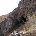 Cave entrance — Чарвакские горы. Вход в пещеру