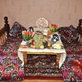 Uzbek sweets and fruits — Узбекский сладкий стол