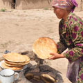 Preparation of  bread  in  tandoor  —  Приготовление лепешек в тандыре