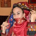 Туркменка в националном костюме