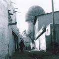The street of Samarkand  with view to the Gur-Emir Mausoleum — Улочки Самарканда с выходом к мавзолею Гур-Эмир