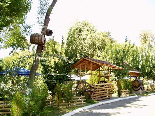 http://www.orexca.com/img/parks/park_mirzo_ulugbeka/7-7.jpg