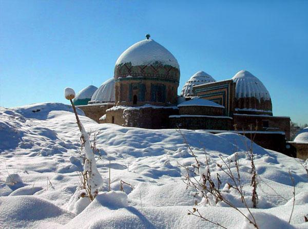 christmas tours travel in uzbekistan winter holidays. Black Bedroom Furniture Sets. Home Design Ideas