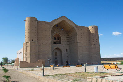 2-Day Turkestan and Otrar Tour (from Tashkent)