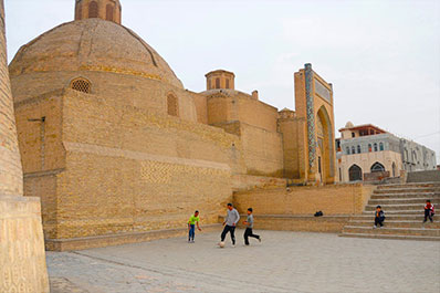 Welcome to Uzbekistan Tour